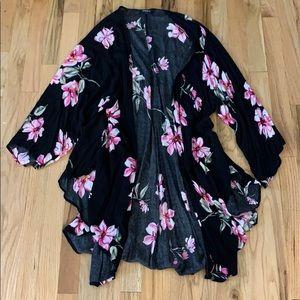 Torrid Black & Pink Floral Kimono